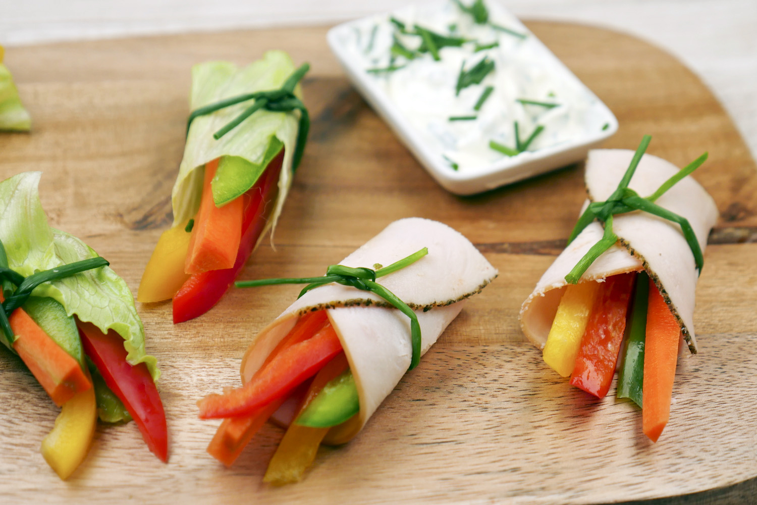 Low Carb vegetable rolls with chive quark recipe