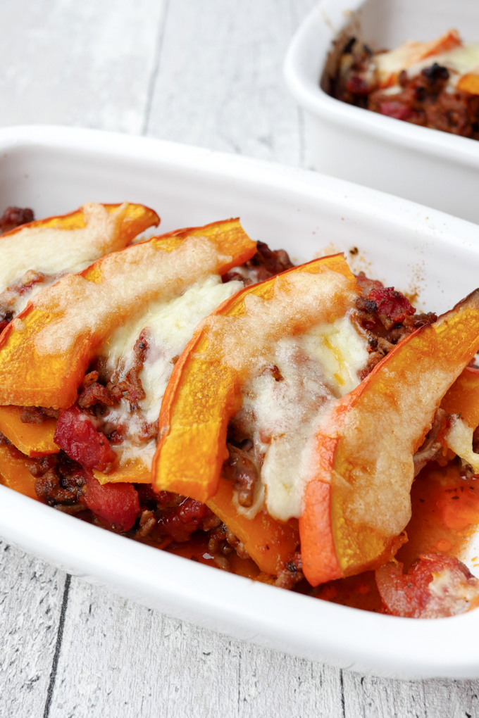 Autumn Soulfood - Fast Low Carb Pumpkin Casserole with Ground Beef and Mozzarella