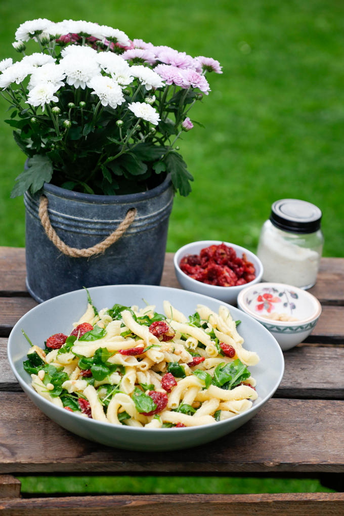Italian Pasta Salad with Dried Tomatoes, Arugula and Zucchini