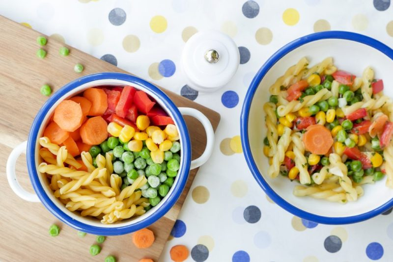 One -Pot dishes for small children - the children's cookbook with 75 quick recipes